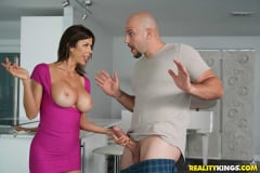 Alexis Fawx - My Neighbor Is A Squirting Nympho (Thumb 126)