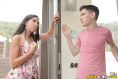 Julia De Lucia - Cumming For Her Landlord (Thumb 33)