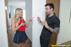 Katie Morgan - Peeping On Katie Morgan (Thumb 70)