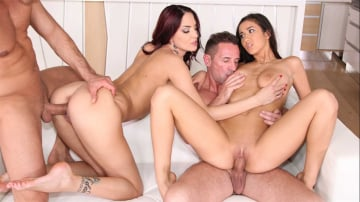 Lyen Parker - Pussy For Breakfast