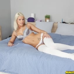 Blanche Bradburry in 'Reality Kings' Platinum pussy (Thumbnail 1)