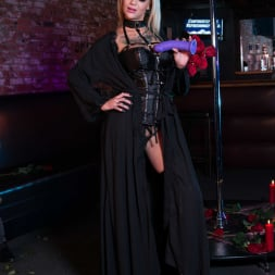 Bonnie Rotten in 'Reality Kings' Pitch Black Pole Dancer (Thumbnail 6)