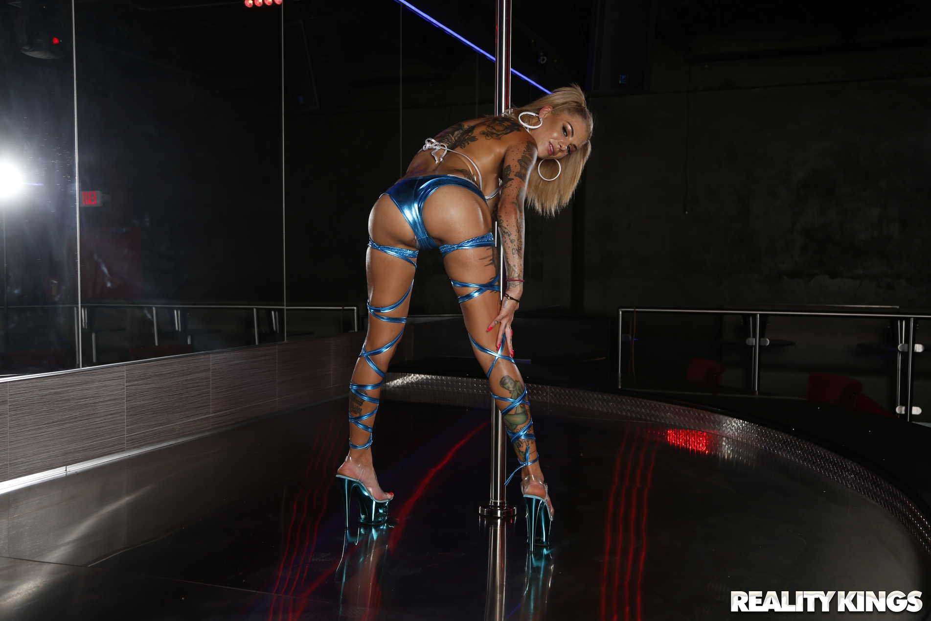 Reality Kings 'Rotten Experience At The Strip Club' starring Bonnie Rotten (Photo 24)