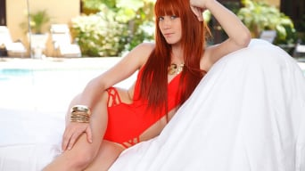 Bree Daniels in 'Star attraction'