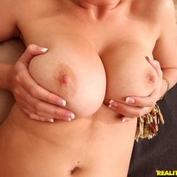 Brooke Wylde in 'Reality Kings' Breast hop (Thumbnail 571)