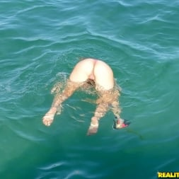 Callie Calypso in 'Reality Kings' Deep sea dick (Thumbnail 456)