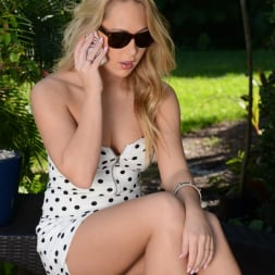 Carter Cruise in 'Reality Kings' Muff diving (Thumbnail 1)