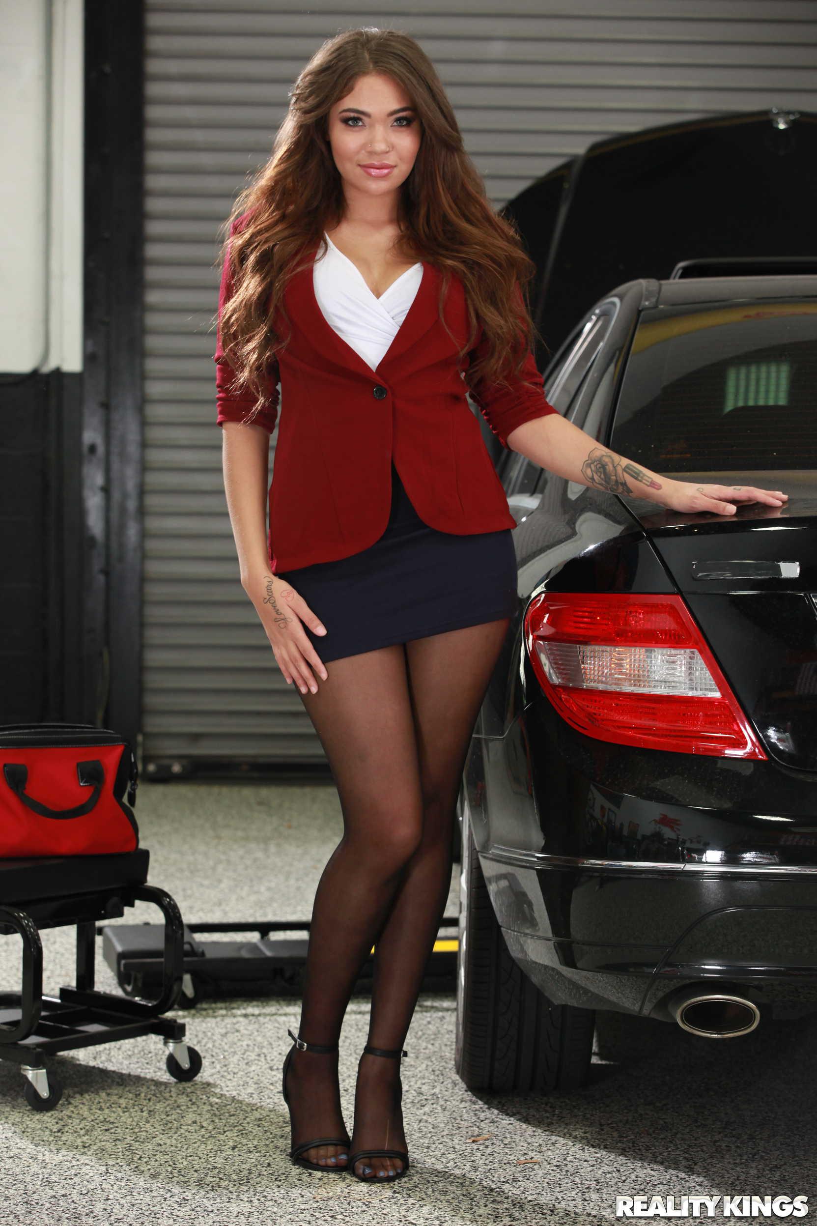 Reality Kings 'My Mechanic Fucked My Wife' starring Cassidy Banks (Photo 1)