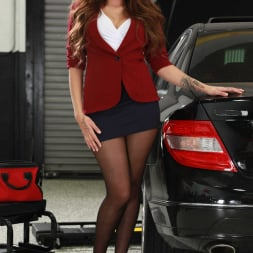 Cassidy Banks in 'Reality Kings' My Mechanic Fucked My Wife (Thumbnail 1)