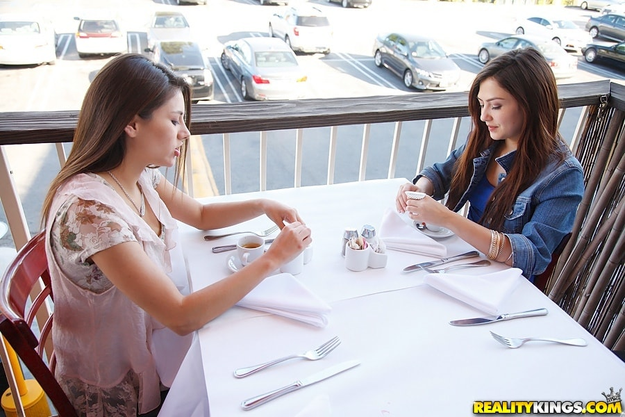 Reality Kings 'Girl time' starring Cassie Laine (Photo 33)