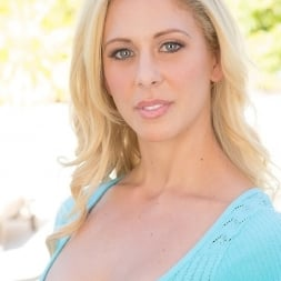Cherie Deville in 'Reality Kings' Expose yourself (Thumbnail 1)