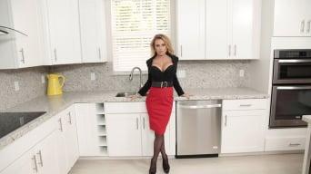 Corinna Blake in 'Bad intentions'