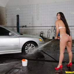 Cristiane Fatally in 'Reality Kings' Waxing the trunk (Thumbnail 240)