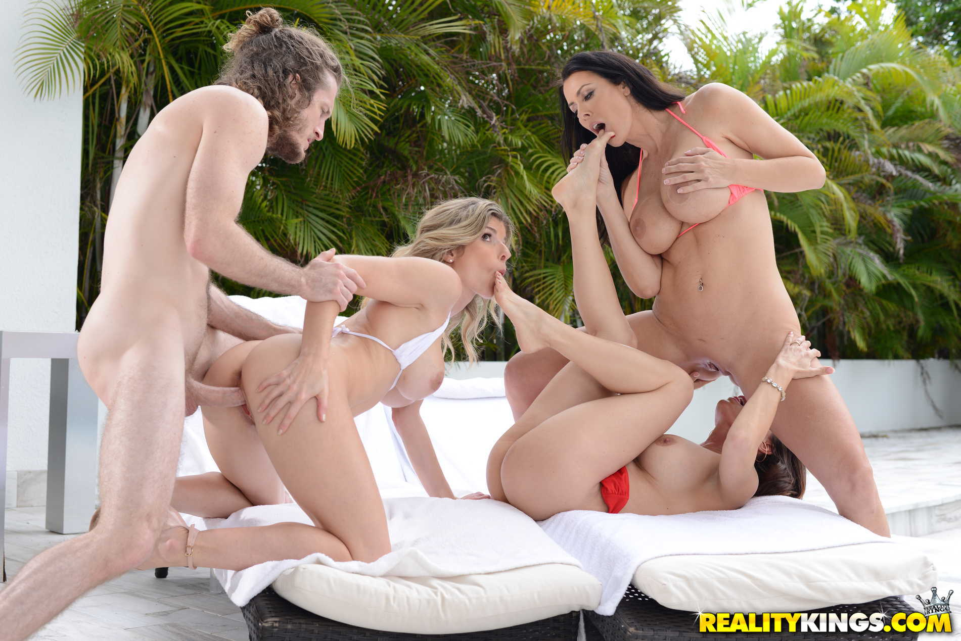 Reality Kings 'Getting Milf Handled' starring Diamond Foxx (photo 294)