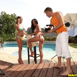 Donna Bell in 'Reality Kings' Horny models on set (Thumbnail 180)