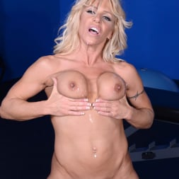 Gina West in 'Reality Kings' Business affair (Thumbnail 532)