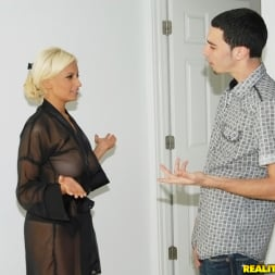 Holly Brooks in 'Reality Kings' Hot holly (Thumbnail 46)