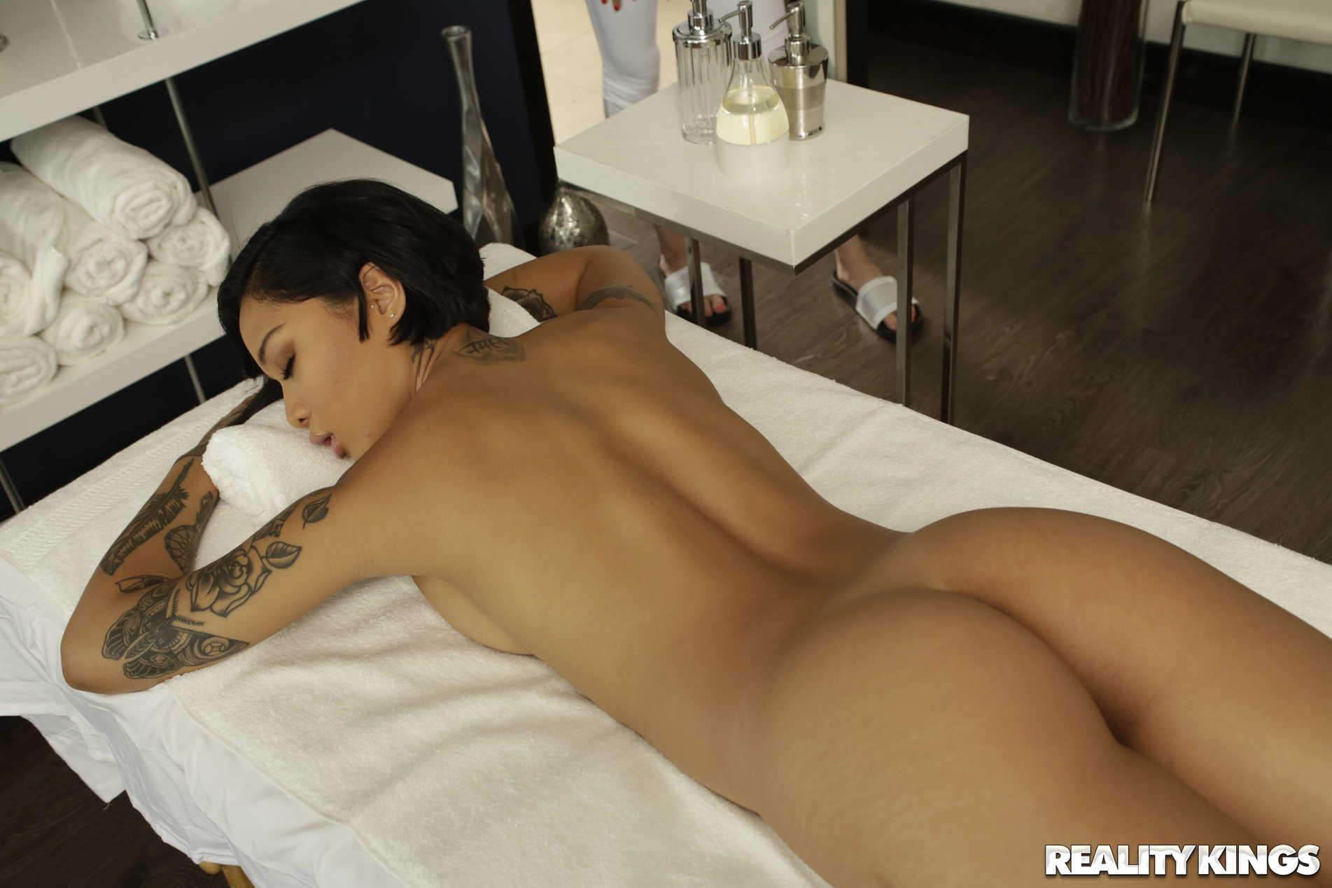 Reality Kings 'Massage Revenge Fuck' starring Honey Gold (Photo 45)