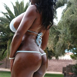 Jada Fire in 'Reality Kings' Bombs Away (Thumbnail 2)