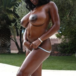 Jada Fire in 'Reality Kings' Bombs Away (Thumbnail 8)