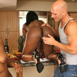 Jada Fire in 'Reality Kings' Iceing Fun (Thumbnail 100)