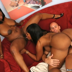 Jada Fire in 'Reality Kings' Iceing Fun (Thumbnail 200)