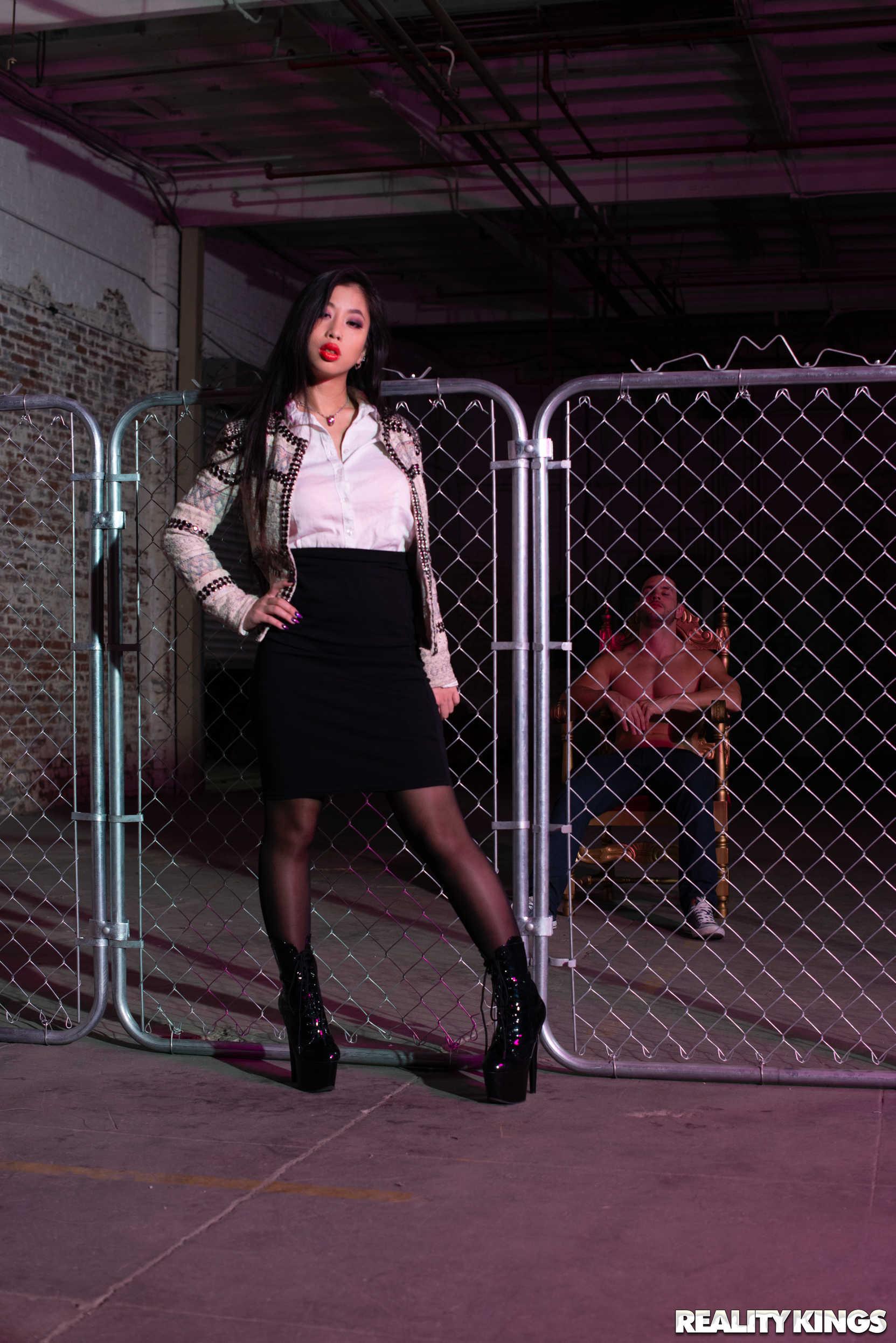 Reality Kings 'Chainlink Tease' starring Jade Kush (Photo 6)