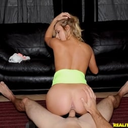 Kennedy Leigh in 'Reality Kings' Perfect pussy (Thumbnail 192)