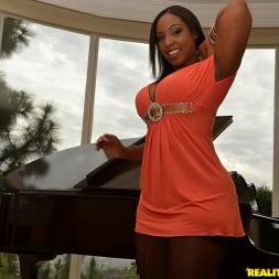 Layla Monroe in 'Reality Kings' Double up layla (Thumbnail 70)