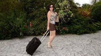 Licious Gia in 'Hot shot'