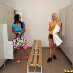 Mia Manarote in 'Reality Kings' The best workout (Thumbnail 1)