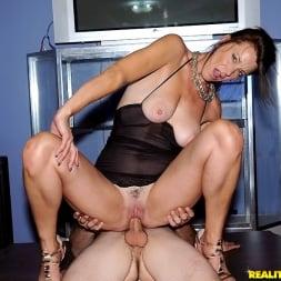 Mimi Moore in 'Reality Kings' Sexy mrs mimi (Thumbnail 420)