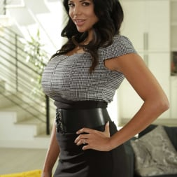 Missy Martinez in 'Reality Kings' Mom Is The Boss (Thumbnail 1)
