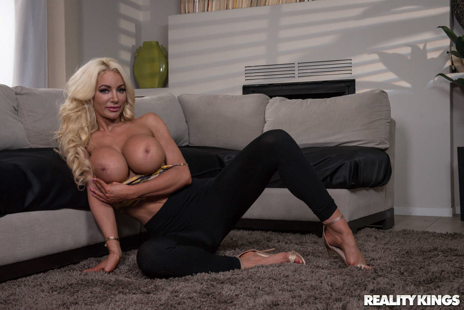 Reality Kings 'Just Gotta Rest My Breasts' starring Nicolette Shea (Photo 9)