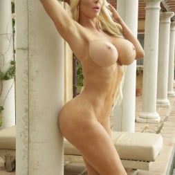 Nicolette Shea in 'Reality Kings' Vacation Vibes (Thumbnail 42)