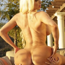 Nicolette Shea in 'Reality Kings' Vacation Vibes (Thumbnail 104)
