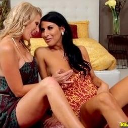 Sophia Bella in 'Reality Kings' Pulsating pussy (Thumbnail 156)