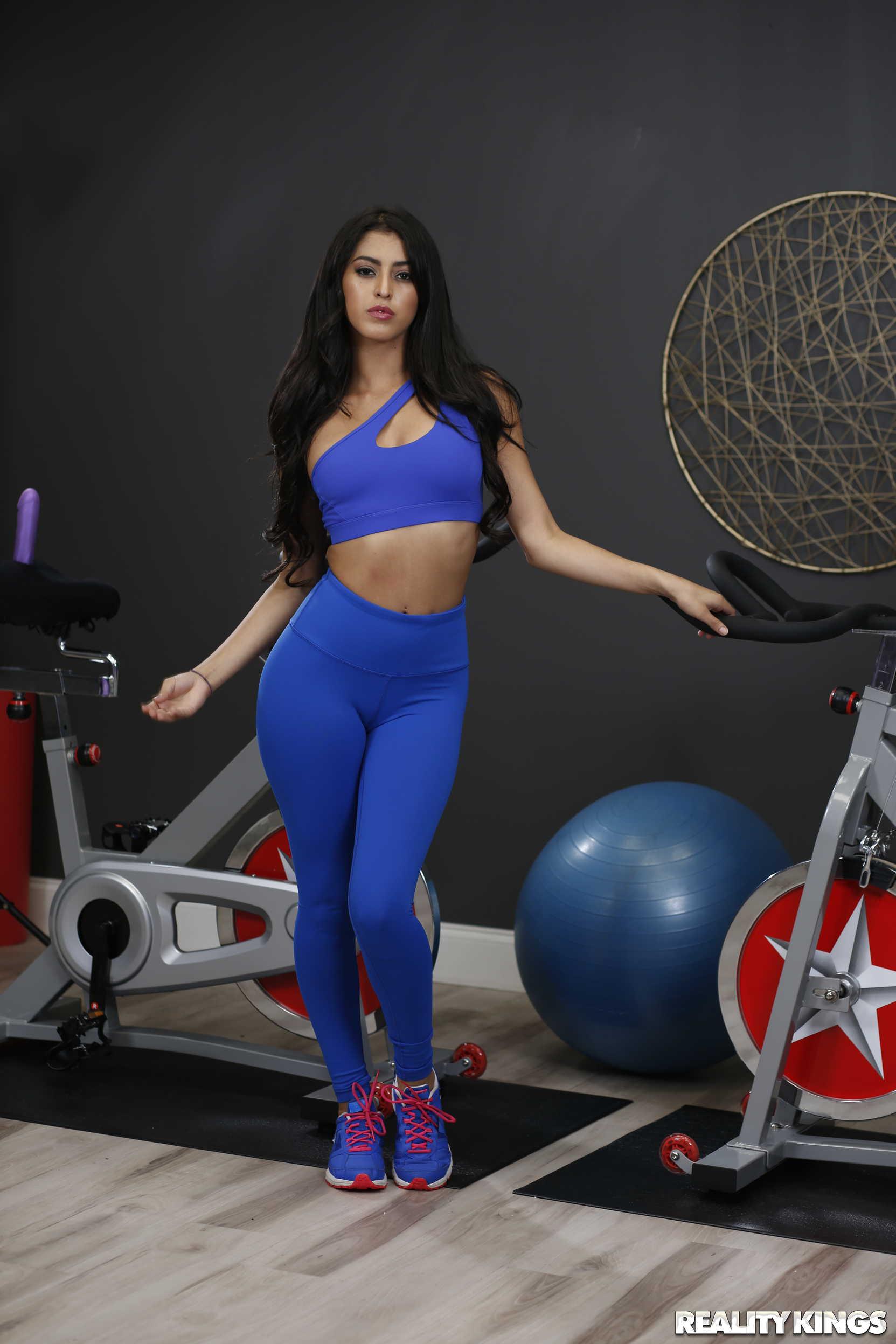 Reality Kings 'Dual Dildocycles' starring Sophia Leone (Photo 1)