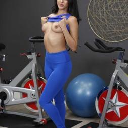 Sophia Leone in 'Reality Kings' Dual Dildocycles (Thumbnail 17)