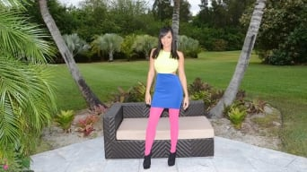 Stacey Foxxx in 'Booty duty'