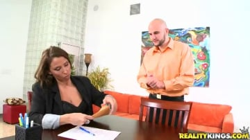 Stacie Starr - Obey orders