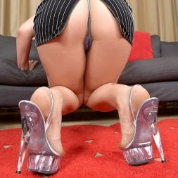 Stacy Savage in 'Reality Kings' Stacy unzipped (Thumbnail 80)