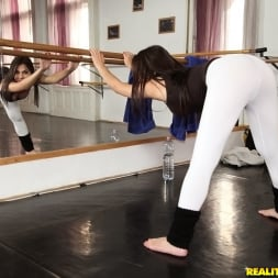 Valentina Nappi in 'Reality Kings' The workout (Thumbnail 117)