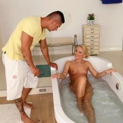 Vanda Lust in 'Reality Kings' New cummer (Thumbnail 195)