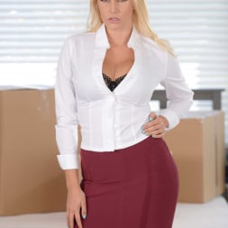 Vanessa Cage in 'Reality Kings' Moving Out Part 1 (Thumbnail 1)