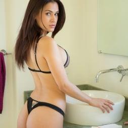 Vanessa Veracruz in 'Reality Kings' Clit licks (Thumbnail 21)