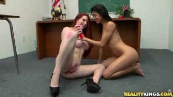 Veronica Rodriguez in 'Squirt school'