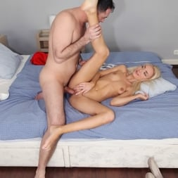 Victoria Puppy in 'Reality Kings' Blonde and hot (Thumbnail 370)
