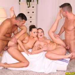 Wendy Moon in 'Reality Kings' Lather me up (Thumbnail 324)